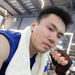 Ellis-百合网广州征婚交友
